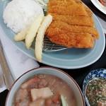 もろみや - 牛カツ定食(900円)