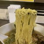 109503973 - 麺 リフト