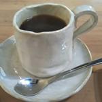 路地カフェ - ホットコーヒー 300円 税込み