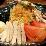 だるま八 - 冷麺ゴマ味(780円税込)の大盛り(+150円税込)