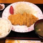 南国亭 - アグーとんかつ定食(小)700円