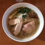 らーめんかいじ - 料理写真:【限定】貝出汁塩らーめん 900円