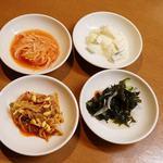 オムニ食堂 - 料理写真:おかわり自由なお通し