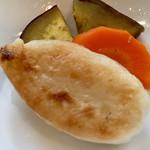 ホテルJALシティ - 笹蒲鉾は 野菜と一緒に 蒸したもの