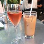 カフェ ラ・ボエム - 午後のテラス