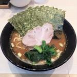 麺家 千祥 - ラーメン650円麺硬め。海苔増し50円。