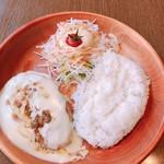 びっくりドンキー - 料理写真:フォンデュ風チーズハンバーグ150g