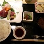 おきゃく - お刺身の三種盛り合わせ1,400円