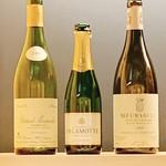 109531812 - シャンパンはハーフボトルからです。