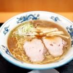 らーめんや天金 - 料理写真:正油ラーメン700円