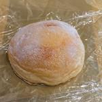 109534968 - クリームパン(¥200)~要冷蔵~