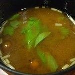 鮨いづ - 味噌汁。