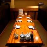 かつ吉 - ボックス席(8名様掛け)