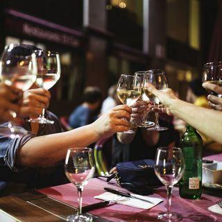 楽しく選べる秘密のワイン庫
