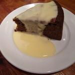 ホブゴブリン - チョコレートケーキ
