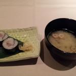 10958762 - しめのお寿司とお味噌汁