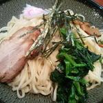 しお貫 - 麺アップ