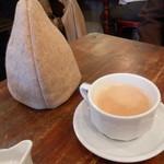 カフェ リゼッタ - ミルクティー