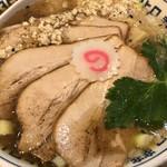 109598016 - ホロホロ柔らかチャーシューが4枚乗った味噌ラーメン!!