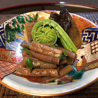 御料理 寺沢 - 料理写真:薇にこごみ、鮑