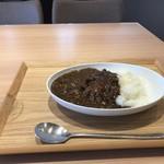 焼肉 京城苑 - これが、今日目指した焼き肉屋さんのカレーです!(2019.6.14)