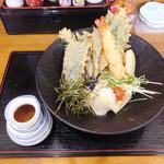 讃岐うどん中村屋 - 天ぷらぶっかけうどん(冷) 970円
