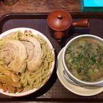 博多とんこつ 天神旗 - 料理写真:魚極老つけ麺 500グラム 熱盛り 1000円(2019年6月)