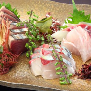 新鮮魚介をふんだんに使った海鮮料理を堪能◎ランチがお得!