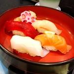 大塚 寿し常 - お寿司