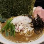 煮干し豚骨らーめん専門店 六郷 - 限定B 850円