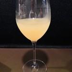 洋食堂 - 自家製サングリア 白
