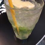 マンゴツリーカフェ+バー -