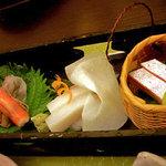 里湯昔話・雄山荘 - -向う- 泡醤油で頂くお造り。