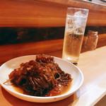 博多のおでん - 料理写真:『糸こんにゃく&すじ』しゃんにシュワシュワたい♪