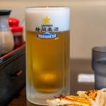 むつぎく - 2019.6 生ビール サッポロ黒ラベル 中ジョッキ(600円)