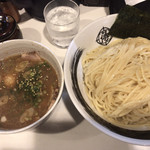 麺屋 侍 - 土曜日限定の濃厚魚介つけ麺大盛り