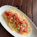 パラディゾ - フレッシュトマトの冷製スパゲッティーニ