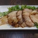 麺バル 3×3 - 煮豚パクチー