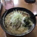 麺ダイニング Kazu 屋 - 豚骨味噌ラーメン