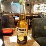 10969542 - コロナビール ライム付き 正統な提供の仕方で合格!
