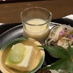 三田ばさら - 三田ばさら(東京都港区芝)トマト すきやき・車八寸 五種盛合せ