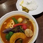五○堂 - 料理写真:スープカリーやさい 1200円+青とうがらしのピクルス 50円