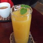 ドッグベリー - オレンジジュース