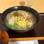 美ら花 - ミックスそば(ソーキ&三枚肉)885円