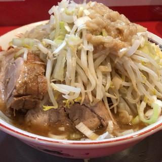ジャンプ - 料理写真:ラーメン並(野菜,ニンニク,アブラ,ネギ,豚)