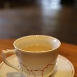 山形座 瀧波 - ドリンク写真:ウエルカムティー 黒文字茶