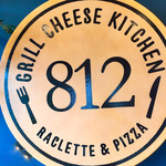 Grill Cheese Kitchen812 - 看板