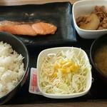 吉野家 - 料理写真:焼魚牛小鉢定食