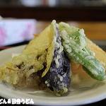 だるまや - 地元野菜の天ぷら