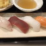 109745856 - お寿司